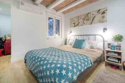 Cozy and refurbished apartment in the heart of Barcelona